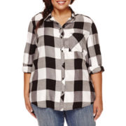 Arizona Long-Sleeve Boyfriend Plaid Shirt- Juniors Plus