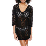Porto Cruz® Medallion Crochet V-Neck Tunic Cover-Up
