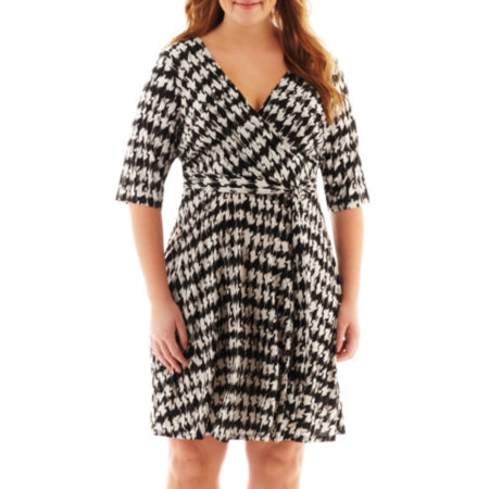 Studio 1 3/4-Sleeve Houndstooth Wrap Dress - Plus