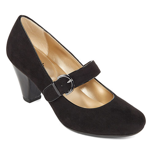 East 5th® Lefty Mary Jane Pumps