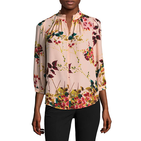 Worthington 3/4 Sleeve V Neck Georgette Pattern Blouse