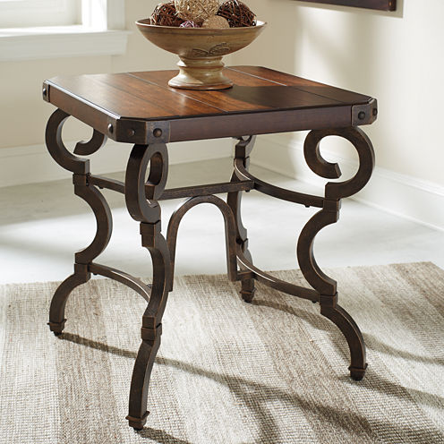 Signature Design by Ashley® Hadelyn End Table