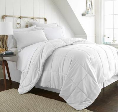 Casual Comfort Premium Ultra Soft Wrinkle Resistant Complete Bedding Set With Sheets