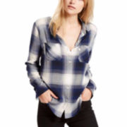 Levi's® Workwear Long-Sleeve Boyfriend Button-Front Shirt