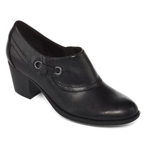 Yuu™ Nelman Slip-On Shoes