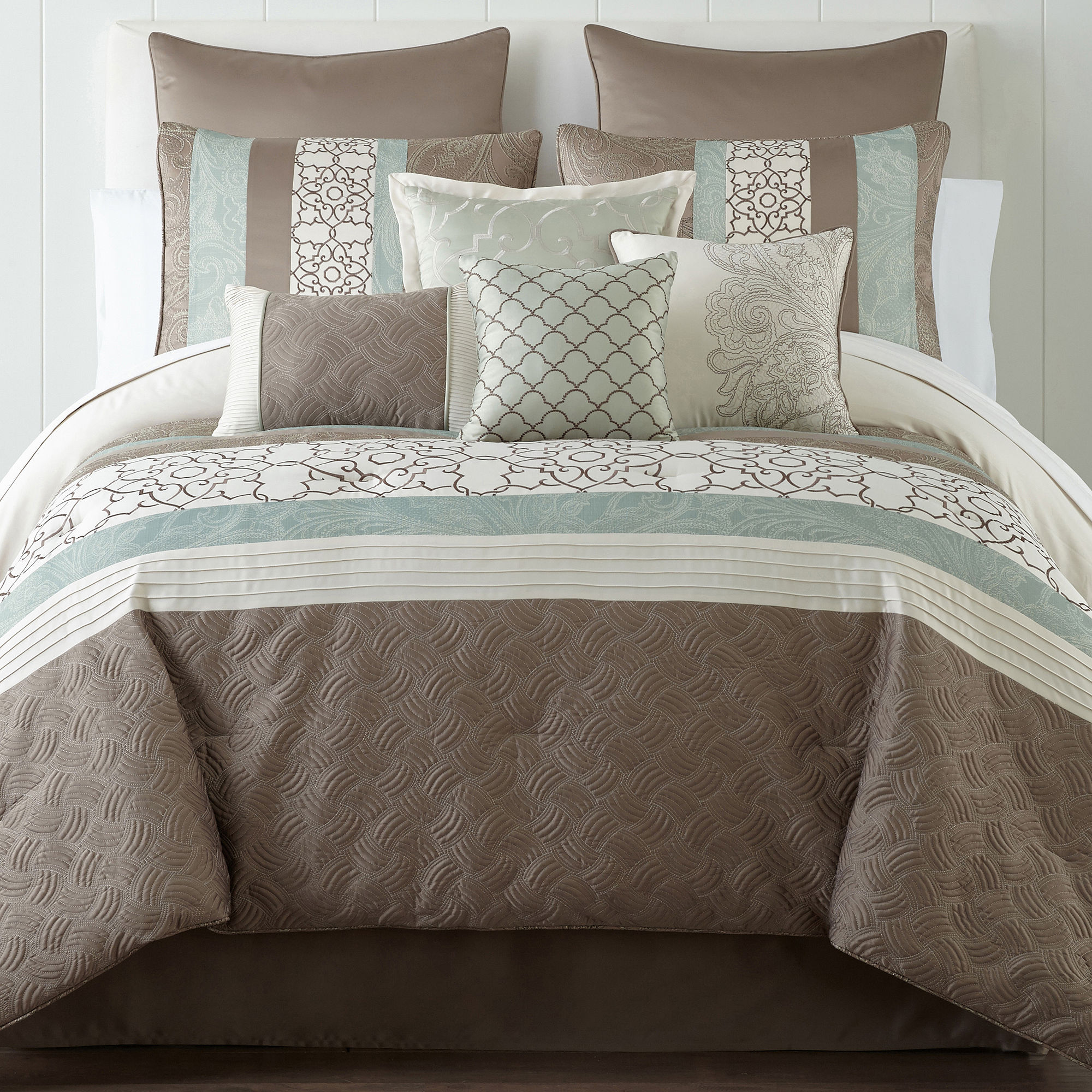 Deals Jcp Everyday Oxford Stripe Comforter Set Offer