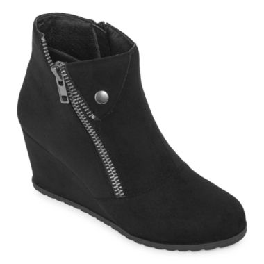 jcpenney.com | 2 Lips Too Nicole Womens Bootie