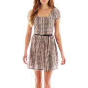 Love Reigns Short-Sleeve Belted Skater Dress