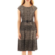 Robbie Bee® Cap-Sleeve Belted Print Panel Dress - Petite