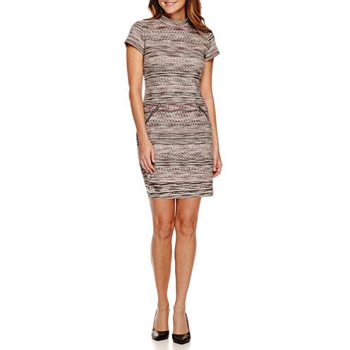 R&K Originals® Short-Sleeve Mockneck Zipper-Pocket Shift Dress - Petite