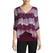 by&by 3/4-Sleeve Split-Front Printed Top with Necklace