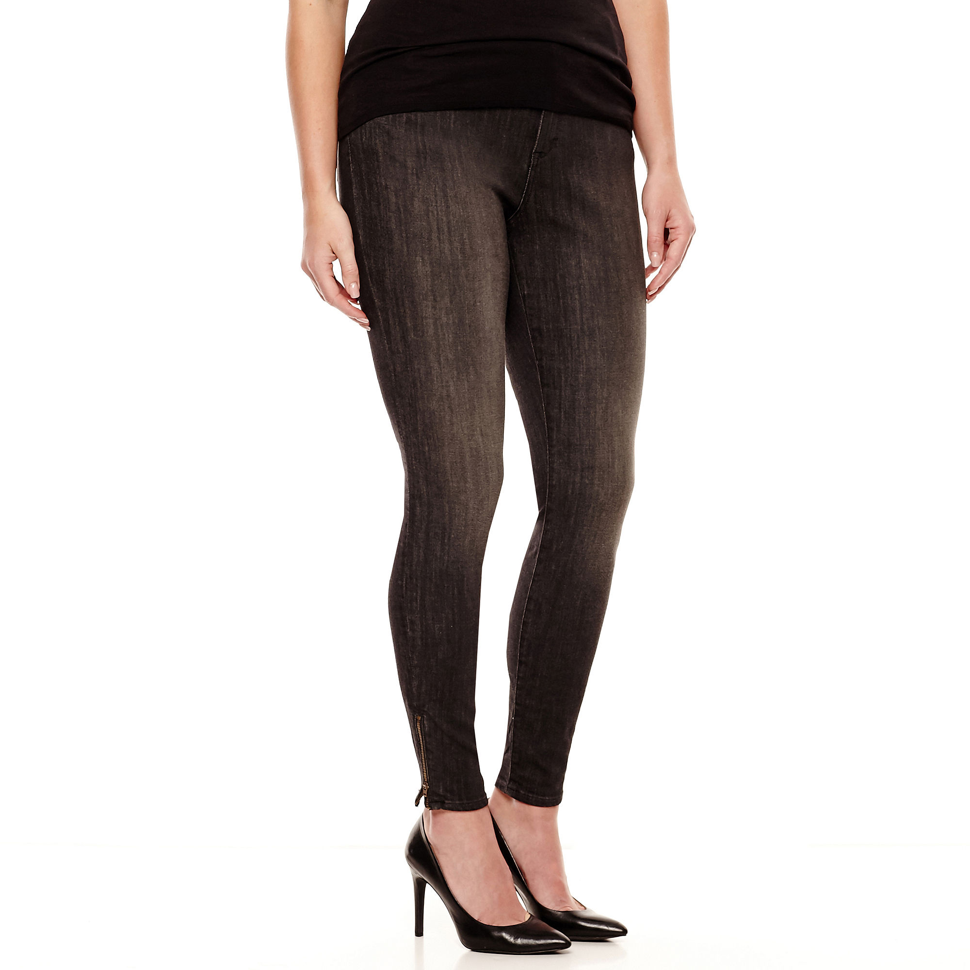 Plus Size Jeggings. Get all of the sleek, timeless style of close-fitting denim jeans and all the stretchy comfort of leggings with a pair of plus size jeggings. Jeggings, a stylish hybrid of jeans and leggings, are a super-versatile addition to any wardrobe.