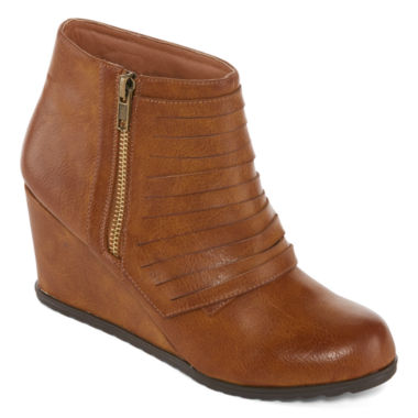 jcpenney.com | 2 Lips Too Womens Notify Bootie