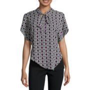 Alyx® Short-Sleeve Asymmetrical Print Neck Tie Top