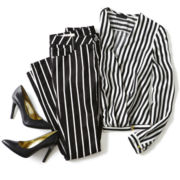 Black and White Graphic Stripes