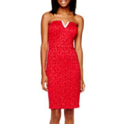 Love Reigns Strapless V-Bust Lace Dress