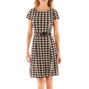 Perceptions Short-Sleeve Houndstooth Fit-and-Flare Dress