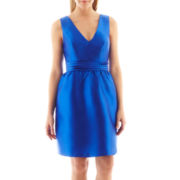 Simply Liliana Sleeveless V-Neck Dress