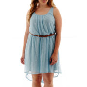 As U Wish Sleeveless High-Low Hem Lace Dress - Plus