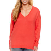 a.n.a® Long-Sleeve Fine-Gauge V-Neck High-Low Sweater - Plus