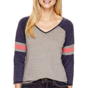 Levi's® 3/4-Sleeve Colorblock T-Shirt