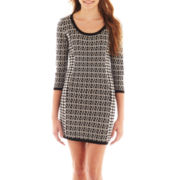 Take Out 3/4-Sleeve Houndstooth Sweater Dress