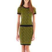 Jolt Chevron Print Short-Sleeve Sweater and Skirt Set
