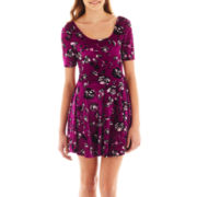 Take Out Half-Sleeve Floral Print Velvet Skater Dress