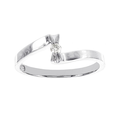 1/10 CT. T.W. Diamond Sterling Silver Promise Ring