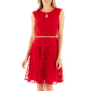 London Style Collection Sleeveless Lace Keyhole Dress