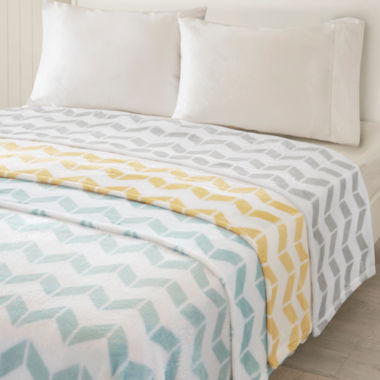 jcpenney.com | Intelligent Design Chevron Plush Blanket