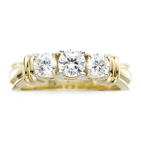 1 CT. T.W. Diamond 14K Yellow Gold 3-Stone Ring