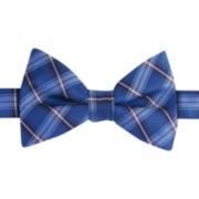 IZOD® Recess Plaid Pre-Tied Bow Tie