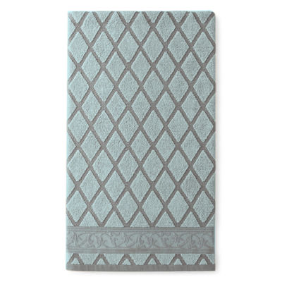 Royal Velvet® Diamond Jacquard Bath Towel Collection