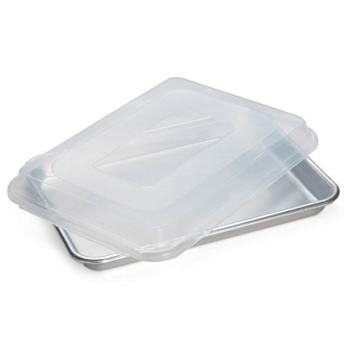 Nordic Ware® Baker's Quarter Sheet Pan with Lid