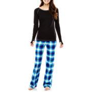 Flirtitude® Long-Sleeve Top and Pants Flannel Pajama Set