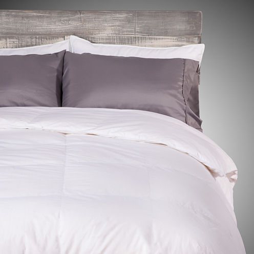 Deluxe White Down Midweight Reversible Comforter
