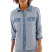 Levi's® Long-Sleeve Chambray Boyfriend Shirt