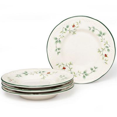 Pfaltzgraff® Winterberry Set of 4 Round Appetizer Plates
