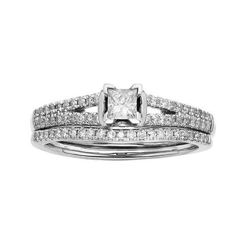 1/2 CT. T.W. Diamond 10K White Gold Bridal Ring Set