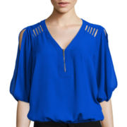 XOXO 3/4-Sleeve Zipper Dolman Blouse