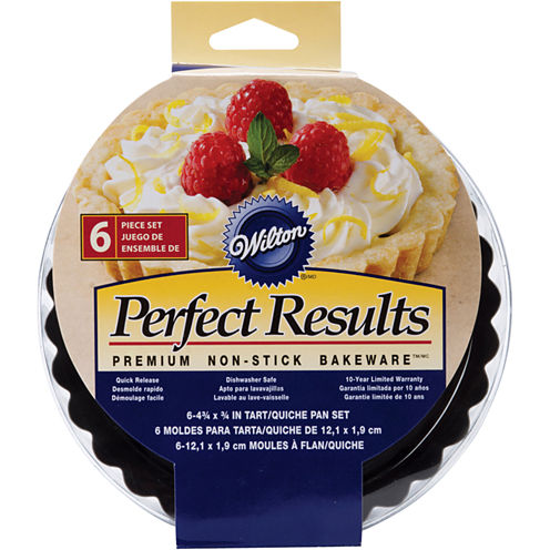 "Wilton® Perfect Results 4"" Round Tart-Quiche Pans"