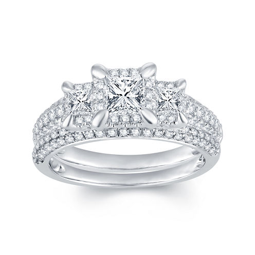 1⅓ CT. T.W. Diamond 14K White Gold 3-Stone Bridal Ring Set