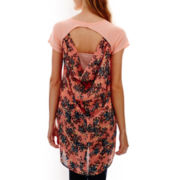 Late for Dinner High-Low Open-Back Tee