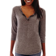Arizona 3/4-Sleeve Notch Neck Tee