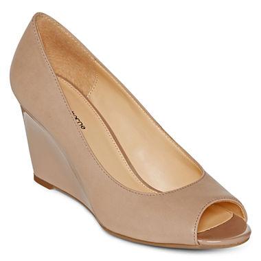 Liz Claiborne Paula Pump Shoe