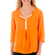 Stylus™ 3/4-Sleeve Peasant Top