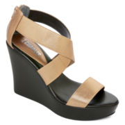 Style Charles Paraguay Wedge Sandals