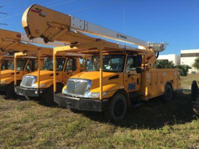 HiRanger 5TC-55MH Bucket Truck