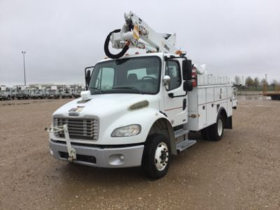 Altec AT37G Bucket Truck